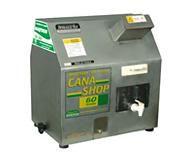 MOENDA DE CANA COM MOTOR VENCEDORA / MAQTRON CANASHOP 60 ROLO INOX Potência: 1/2CV /  220V Capacidade: 60L/H